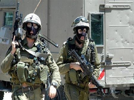 الاحتلال الإسرائيلي يختطف محافظ القدس ومدير مخابراتها