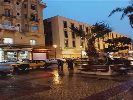 """أمطار غزيرة وعواصف رعدية.. """"نوة المكنسة"""" تضرب الإسكندرية (صور)"""