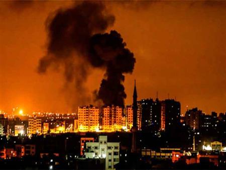 صواريخ المقاومة وغارات الاحتلال.. غزة تحت القصف (تغطية خاصة)