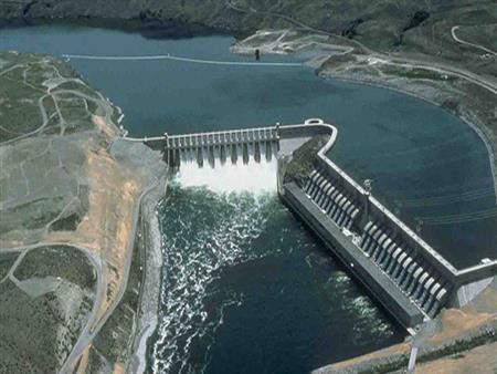 """بسبب """"عيوب محتملة"""".. إثيوبيا تعلن تأخر إنشاء سد النهضة 4 سنوات"""