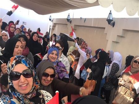 مسؤول يكشف: وكالة أنباء عالمية رفضت تصوير حشود الناخبين أمام لجان الإمارات