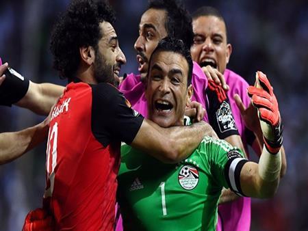 """رئيس """"برزنتيشن"""" يكشف عن القناة الناقلة لمباراة مصر والبرتغال -فيديو"""