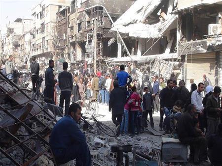 """""""اليرموك"""".. مخيم يشتعل حربًا والعالم يدعو لإطفائه"""