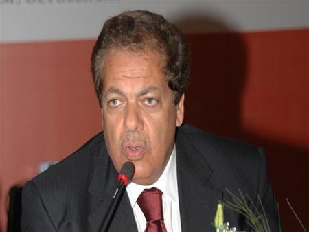 """""""أبو العينين"""": احتفالات المصريين تفويض للرئيس.. والشعب وجه رسالة قاسية للخونة"""