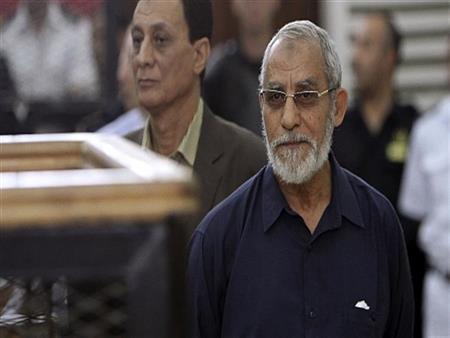 """""""الجنايات"""" تؤجل محاكمة بديع و738 متهمًا في """"فض رابعة"""" لـ 26 مايو"""