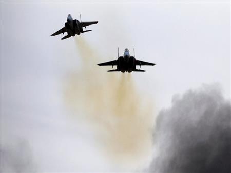 طائرات حربية إسرائيلية تغير على قطاع غزة