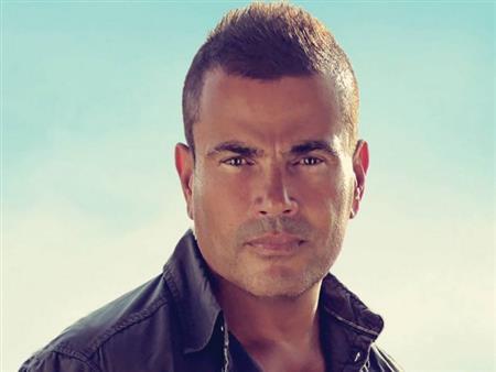 عمرو دياب يعلن عن  موعد حفله بالساحل الشمالي