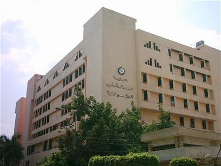"""""""المريض مصاب بالإيدز"""".. 3 أطباء يتهمون """"طوارئ المنصورة الجامعي"""" بتعريض حياتهم للخطر"""
