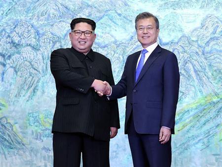 """الكشف عن تفاصيل محادثات الكوريتين وبنود قمة """"بيونج يانج"""""""