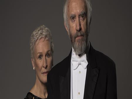 "The wife.. وراء كل عظيم امرأة ""ربما أعظم منه"""