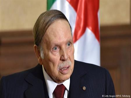تهافت على الترشح للرئاسة في الجزائر.. وبوتفليقة صامت