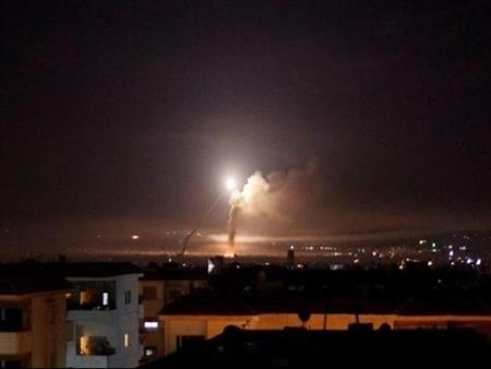 11 قتيلا في الغارات الإسرائيلية على جنوب سوريا