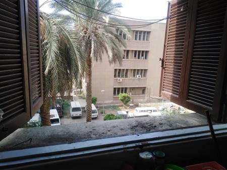 """""""كانت بتموت ومش قادرين ننقذها"""".. تفاصيل جديدة في واقعة سقوط طالبة جامعة القاهرة"""