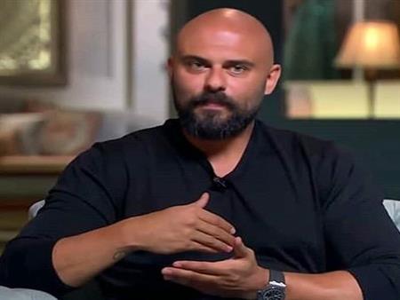 """أحمد صلاح حسني لرامي جمال:""""محدش بيختار قدره"""""""