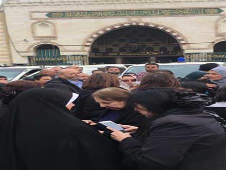 بالصور.. نجوم الفن في جنازة المخرج محسن حلمي