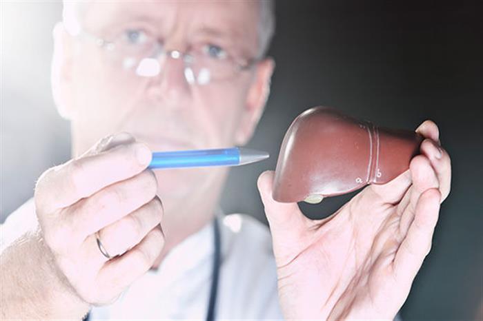 بالأسعار.. إليك قائمة بأبرز أدوية دهون الكبد ونصائح للوقاية منها