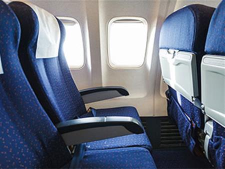 لهذا السبب اختر المقعد الأخير في الطائرة
