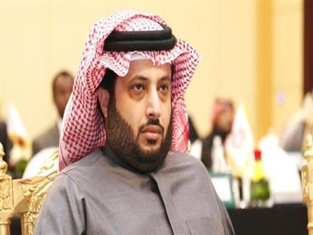 """تركي آل الشيخ لـ""""مجلس الأهلي"""": """"أنصحكم بالالتزام بقرار اتحاد الكرة"""""""