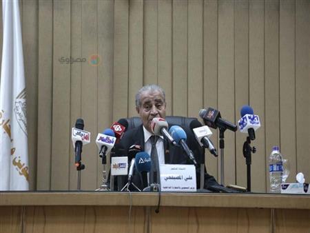 وزير التموين يعلن 5 معايير لحذف غير المستحقين من الدعم