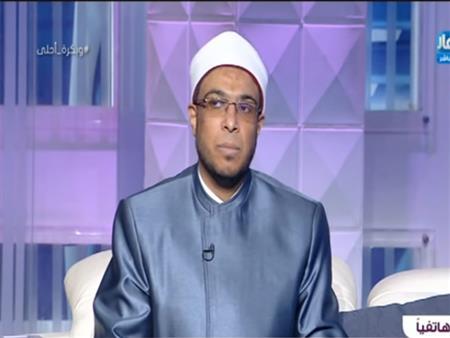 بالفيديو| داعية يوضح حكم قبول العوض وهل هو حرام