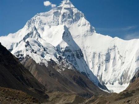 """غير """"إيفرست"""".. تعرف على أعلى 5 قمم جبالية في العالم"""