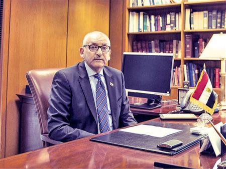 سفير مصر بأمريكا: اليوم الثاني للاستفتاء الأعلى إقبالًا