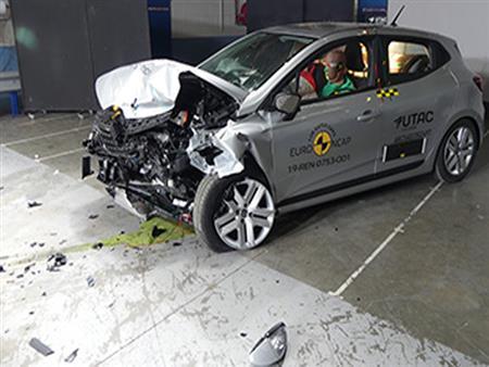 بالفيديو.. EURO NCAP تكشف عن نتائج اختبار تصادم رينو كليو 2019