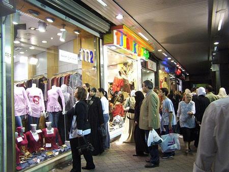 شعبة الملابس: 15% ارتفاعًا في أسعار ملابس العيد هذا العام