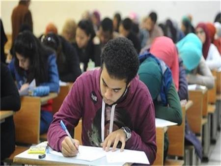 6 حالات غش ونشر الامتحان بالمحمول.. ننشر تقرير غرفة العمليات المركزية للثانوية العامة