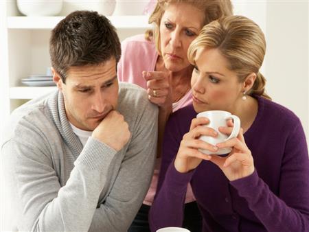 """هل أنتِ مقبلة على الزواج؟.. 7 أشياء تضمن لك علاقة جيدة مع """"حماتك"""""""