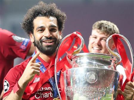 صحيفة إنجليزية: صلاح رفض عرضين بـ150 مليون للرحيل إلى ريال مدريد أو يوفنتوس