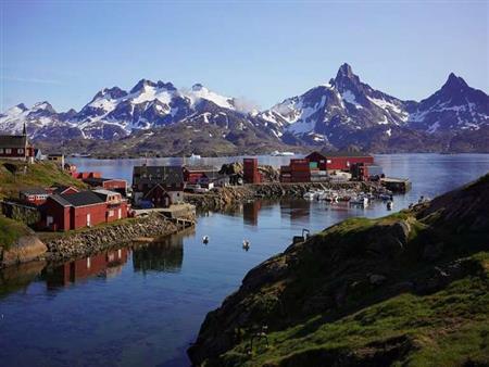 """""""ماس وذهب ويورانيوم"""".. لماذا يريد ترامب شراء """"جرينلاند"""" من الدنمارك؟"""