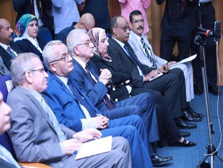 المناهج والامتحانات وهدية الوزارة.. 40 رسالة من وزير التعليم للطلاب والأهالي