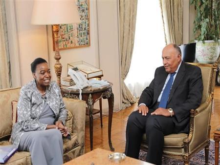 وزير الخارجية يبدى لنظيرته الكينية عدم ارتياحه حول مفاوضات سد النهضة