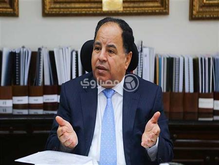 وزير المالية يصدر قرارا بالأسعار الجديدة للسجائر