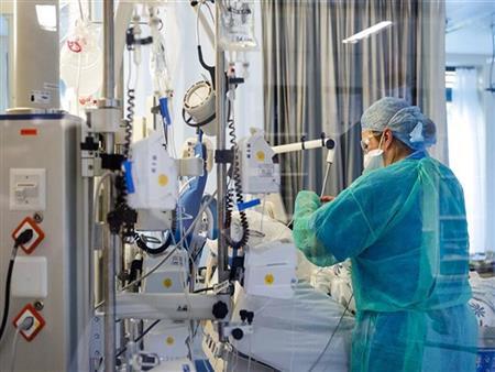 عمال فورد يتطوعون لإنتاج أجهزة التنفس الاصطناعي بمصنعها في ميشيجان