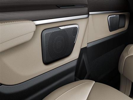 ما هي أفضل 3 أنظمة صوتية بالسيارات الحديثة؟