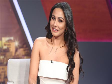 """بعد اتهامها بالتنمر على المحجبات.. ميس حمدان تعلق لـ""""مصراوي"""""""