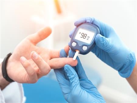 6 أطعمة قد تضر بصحة مريض السكري.. هكذا تتفادى أضرارها (صور)