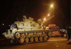 الجيش يقتل 4 عناصر مسلحة ويدمر نفقين برفح والشيخ زويد