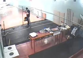 روسي يصيب مدربه بطلق ناري أثناء الرماية عن طريق الخطأ
