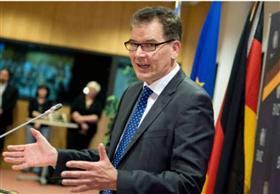 برلين تأسف لحدوث سوء تفاهم مع قطر بسبب تصريحات وزير ألماني بشأن تمويل