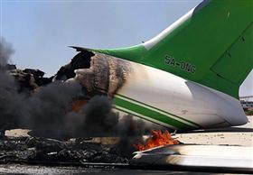 قصف بالأسلحة الثقيلة يستهدف مطار طرابلس الدولي