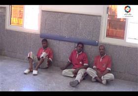 عمال أمن ونظافة بمستشفى الأقصر العام يضربون عن الطعام احتجاجاً علي فصلهم