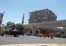الانتهاء من أعمال رصف الكوبري العلوي بنجع حمادي.. والافتتاح خلال