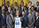 بالصور- أوباما يستقبل بطل الدوري الأمريكي لكرة السلة