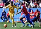 بالفيديو والصور- برشلونة ينفرد بصدارة الليجا بثنائية أمام ليفانتي