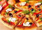 زوج يدفع نفقة زوجته بـ وجبات البيتزا بدلًا من المال.. والسبب!