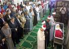 بالصورــ أهالي بني سويف يشيعون جثمان شهيد العريش في جنازة عسكرية