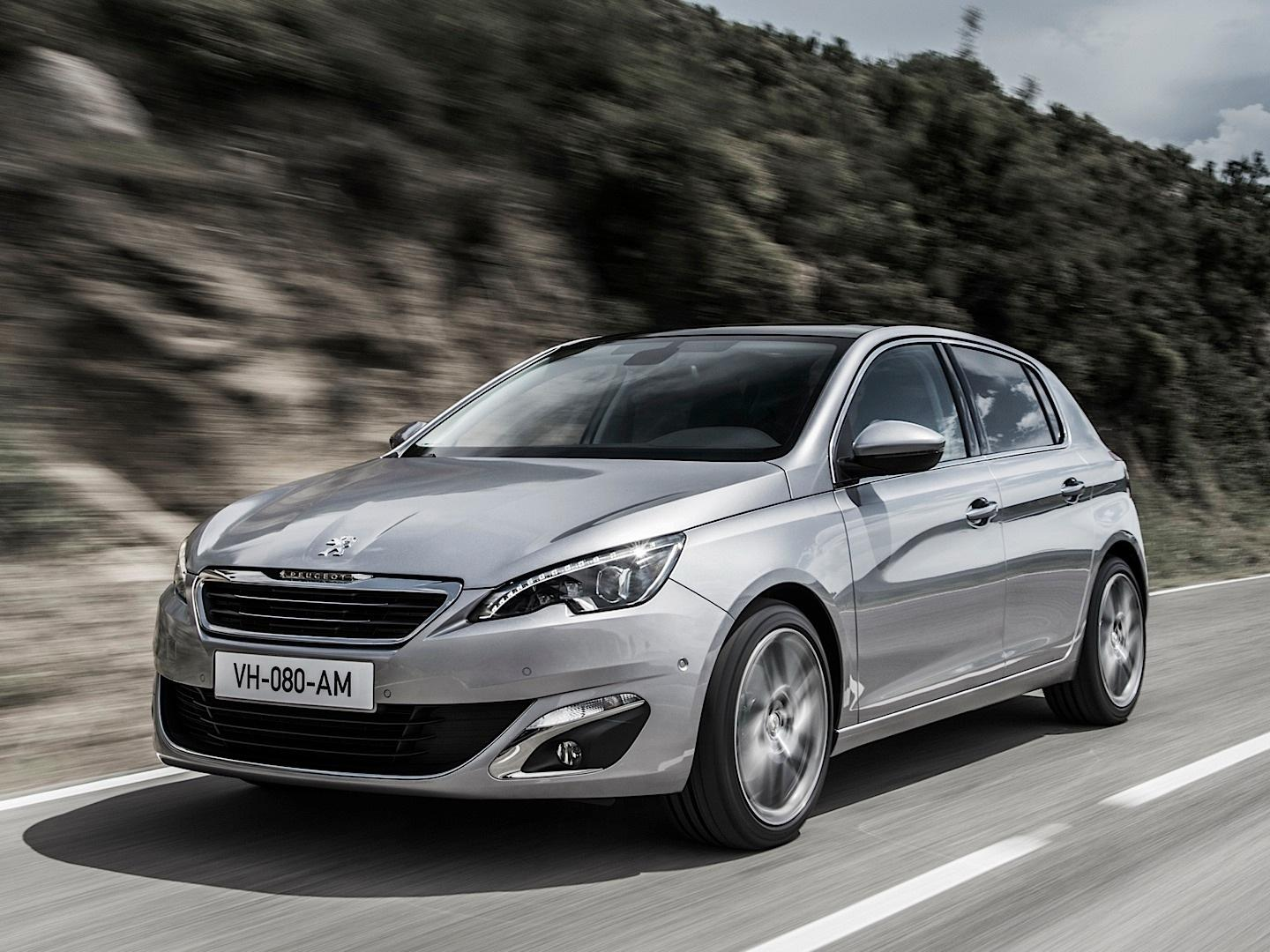بيجو 308 2014-fresh-2014-peugeot-308-photos-leaked-shed-new-light-on-french-compact-photo-gallery_18